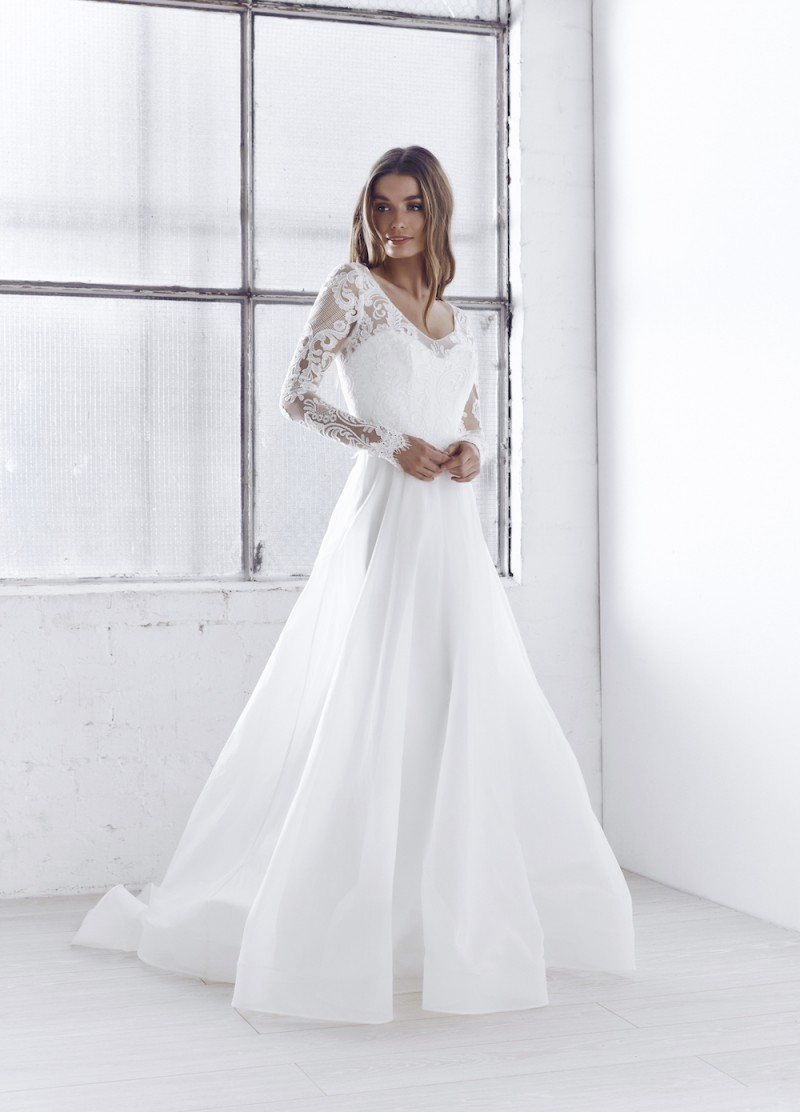 ceremony-collection_india_anna_campbell_wedding_dress