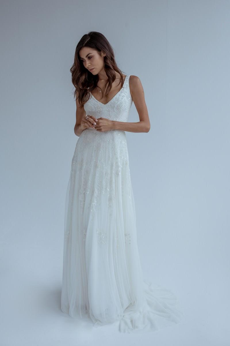 Wedding Dress KAREN WILLIS HOLMES Wedding dresses wellington christchurch nz new Zealand