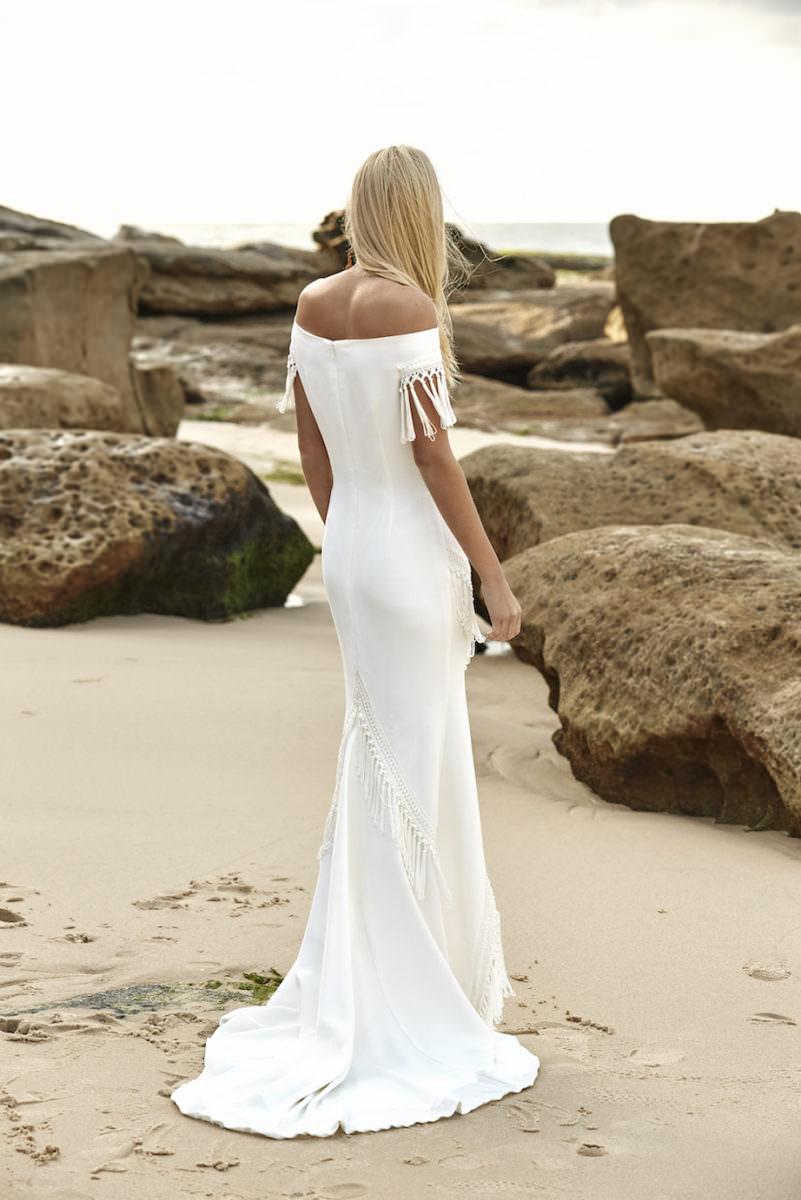 aria-wedding-dress-rue-de-seine