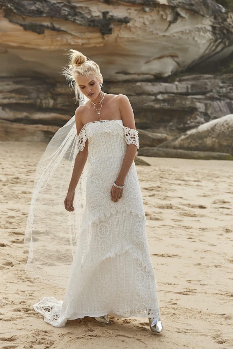 mystic-wedding-dress-rue-de-siene
