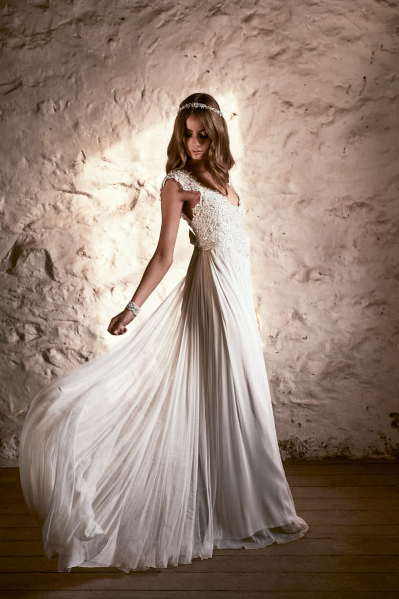 Alyssa Silk Tulle Wedding Dress by Anna Campbell - Paperswan Bride