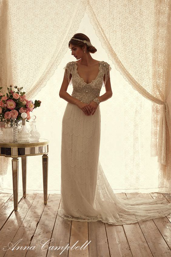 Sierra Slimline Lace Wedding Dress by Anna Campbell - Paperswan Bride