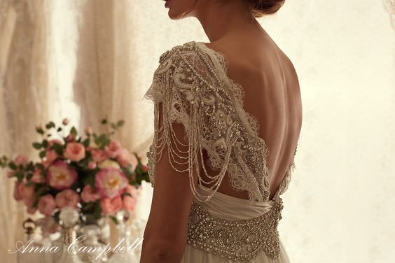 Sierra Slimline Lace Wedding Dress by Anna Campbell - Paperswan Bride