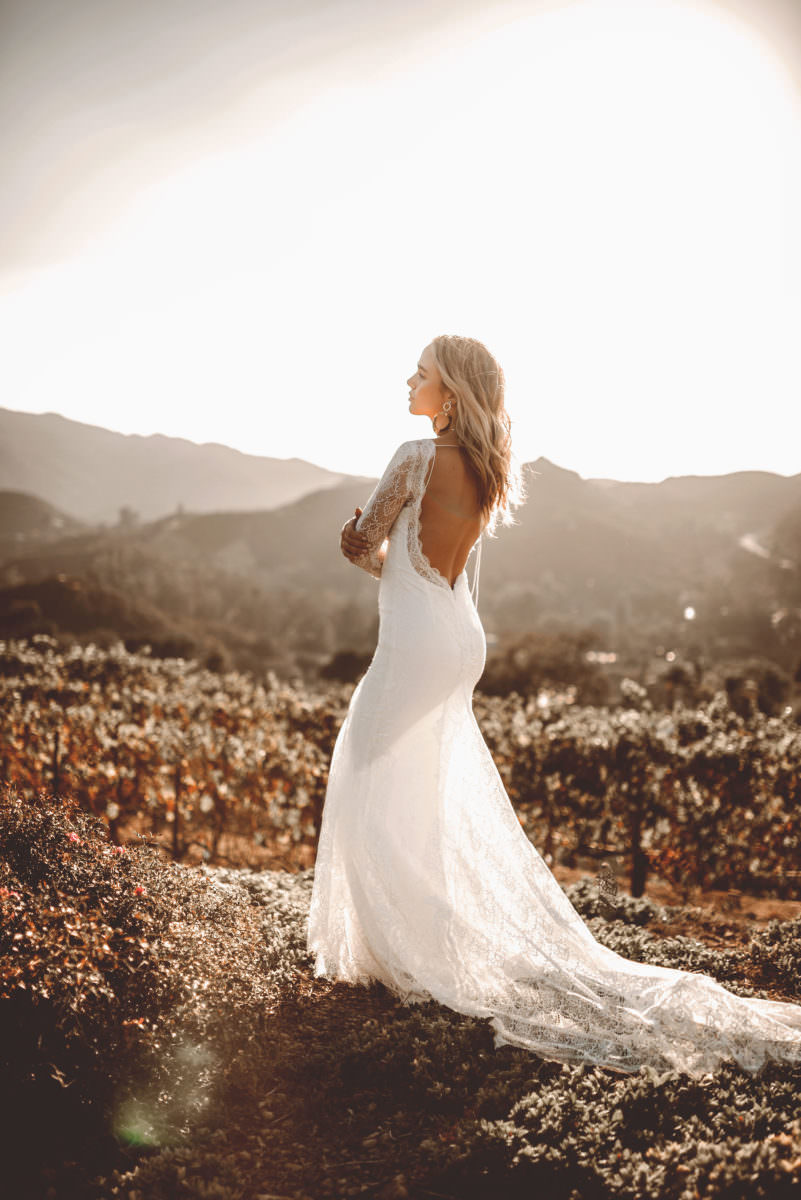 Riley-wedding-dress-lovers-society