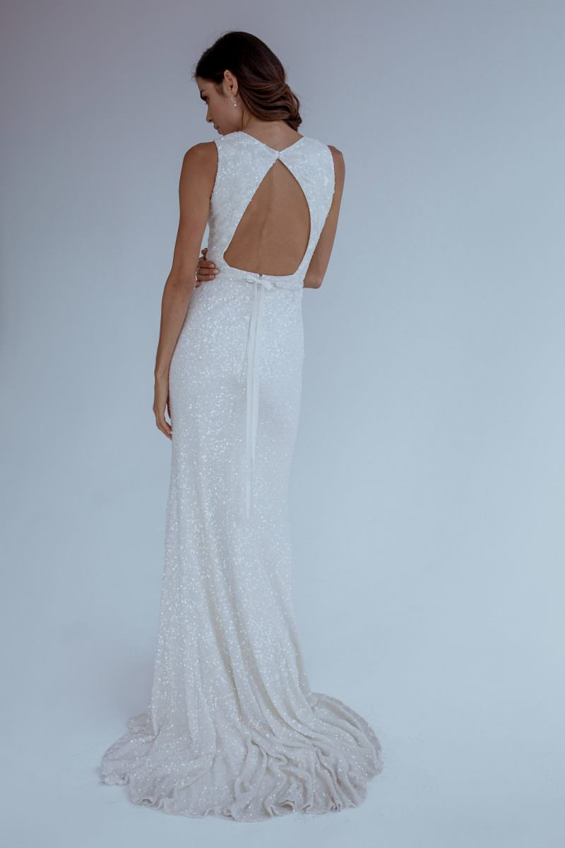 agyness-wedding-dress-karen-willis-holmes
