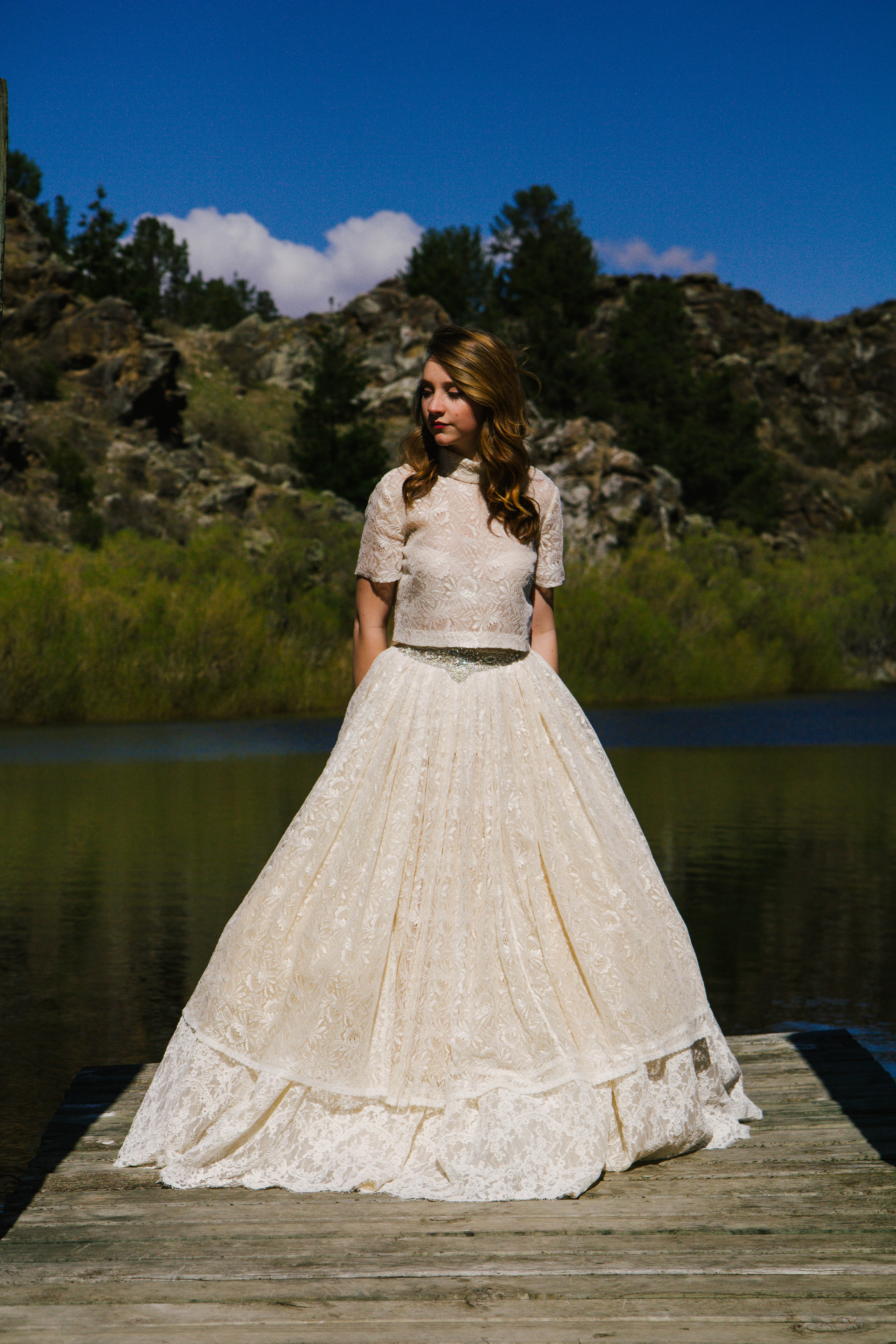 Margaret Wrayis a collection of contemporary wedding dressesinspired by a love of beautiful fabrics and timeless vintage patterns.