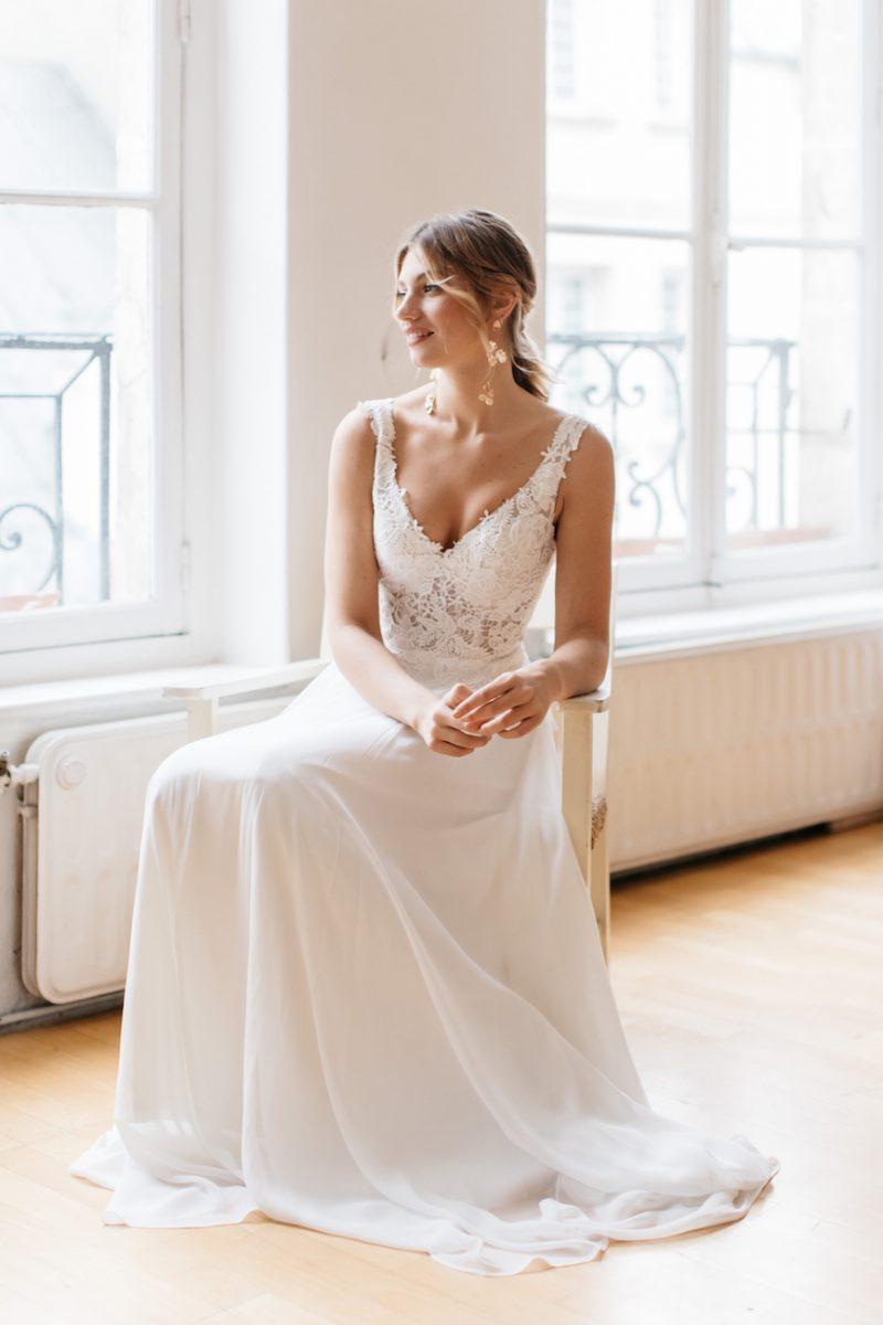 Daisy-Brides-Snow-Lotus-wedding-dress