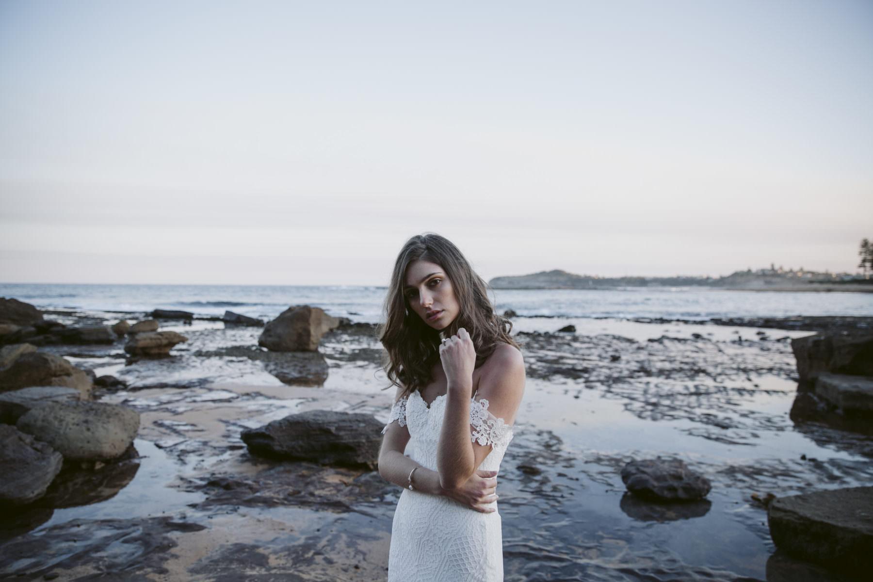 Daisy-Aster-wedding-dress