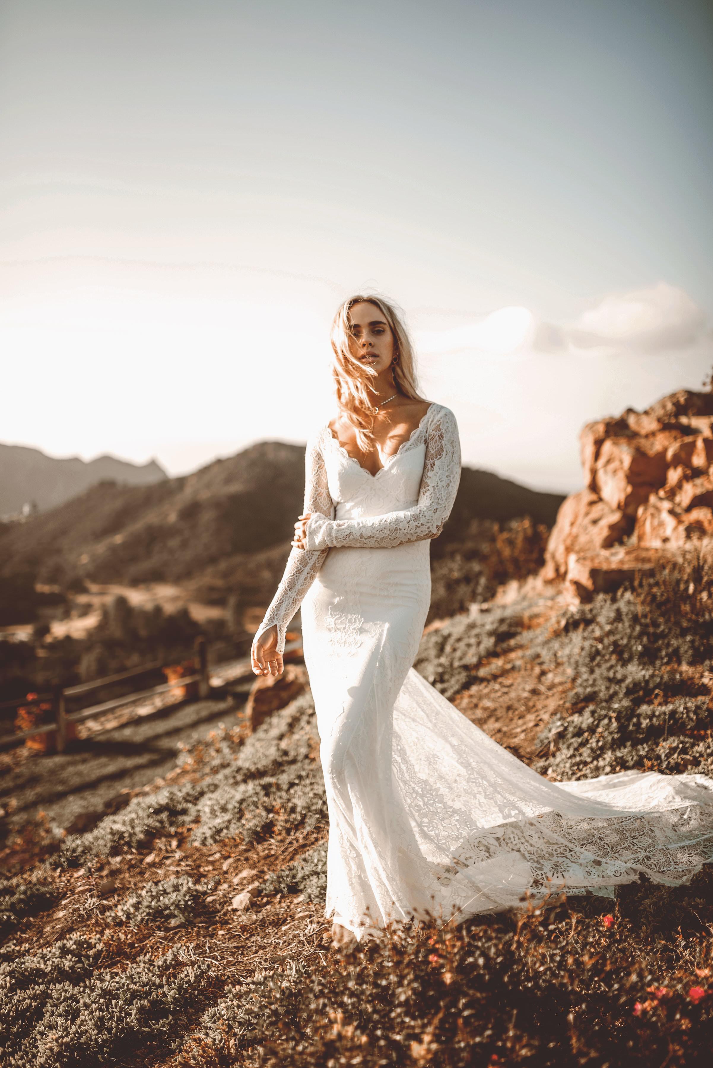 Riley-wedding-dress-lovers-society