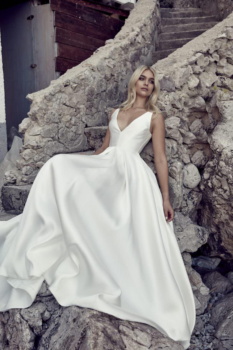 Chosen-by-one-day-bridal-Remy-wedding-dress